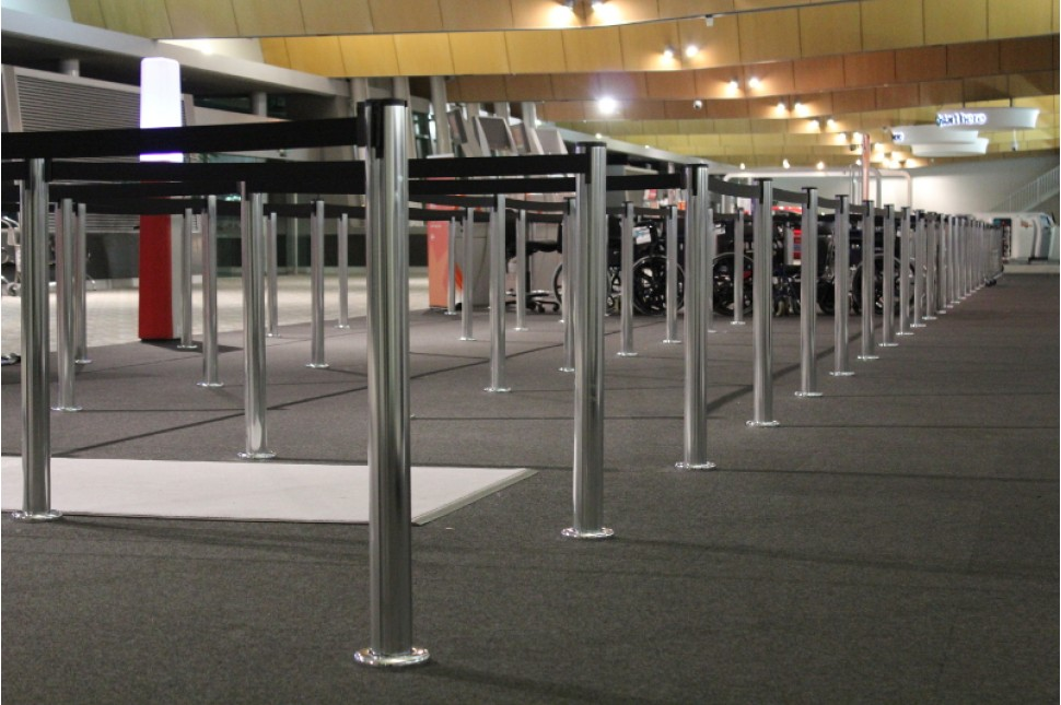 Fixed Queuing Stanchion 1