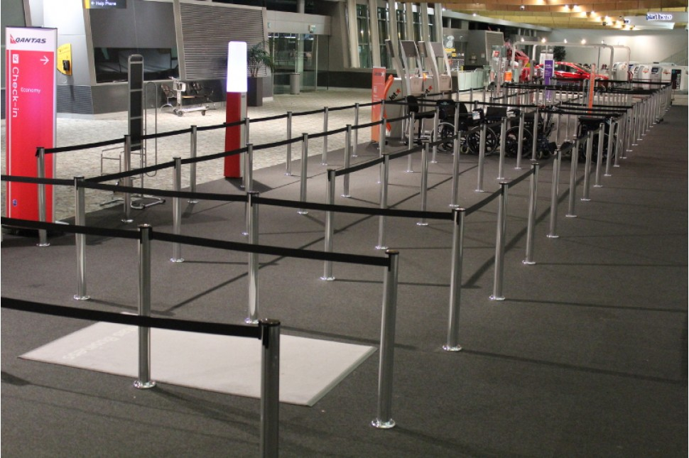 Fixed Queuing Stanchion 2