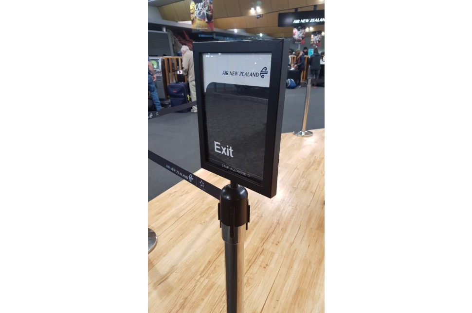 Retractable belt sign holder 2