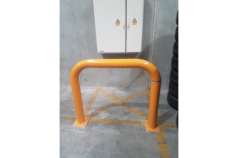 Vanguard Machinery Guard Steel Hoop Bollard 4