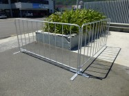 steel crowd control barrier 2