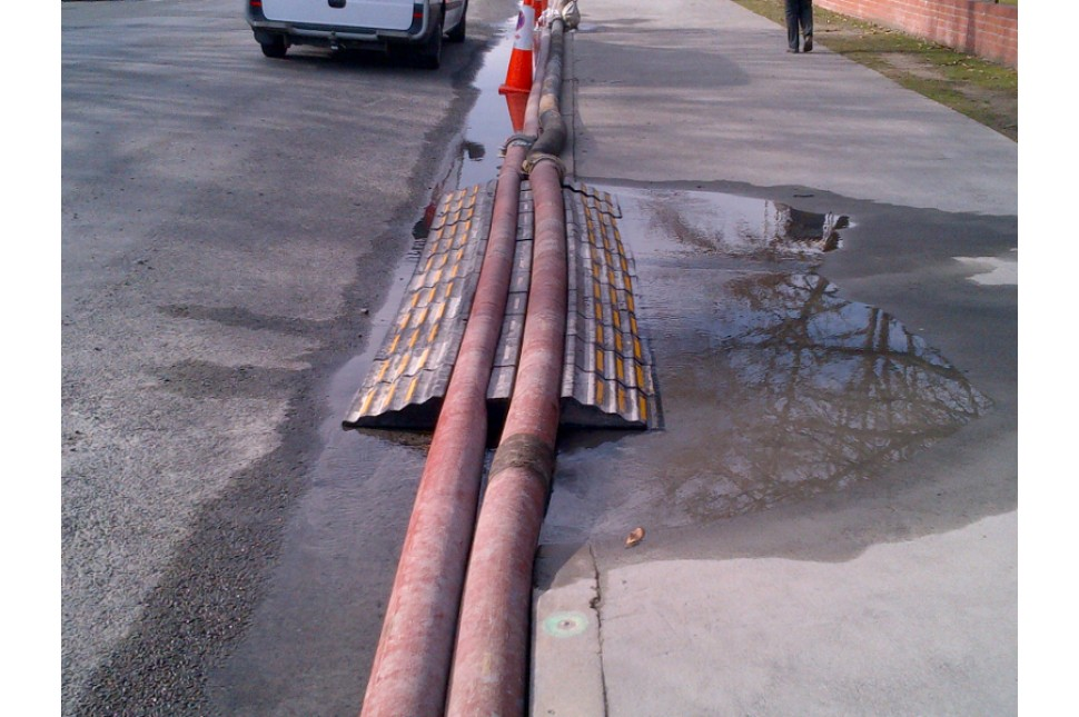 Large Hose Ramp 2