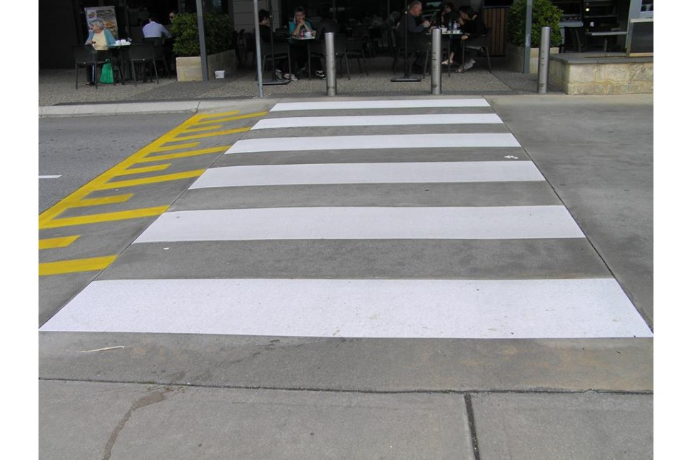 3M pedestrian crossing strips 2