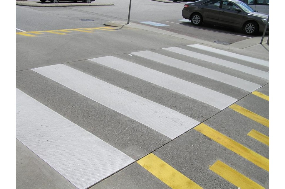 3M pedestrian crossing strips 7